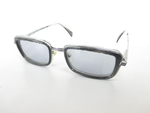 BIS&CURIOUS(バイズ アンド キュリアス)のサングラス