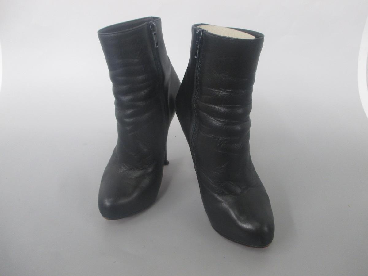CHRISTIAN LOUBOUTIN(クリスチャンルブタン)のブーツ