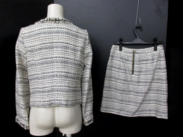 aquagirl(アクアガール)のスカートスーツ