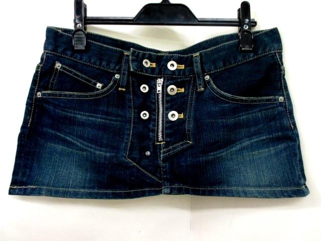 L.G.B.(ルグランブルー)のスカート