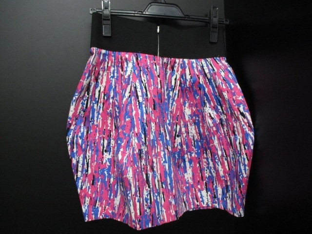 MonkNewYard(モンクニューヤード)のスカート
