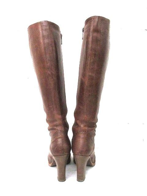 GUARDOLO(グァルドロ)のブーツ