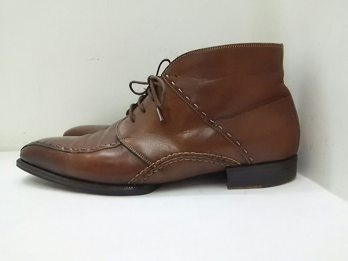Bollini(ボリーニ)のブーツ