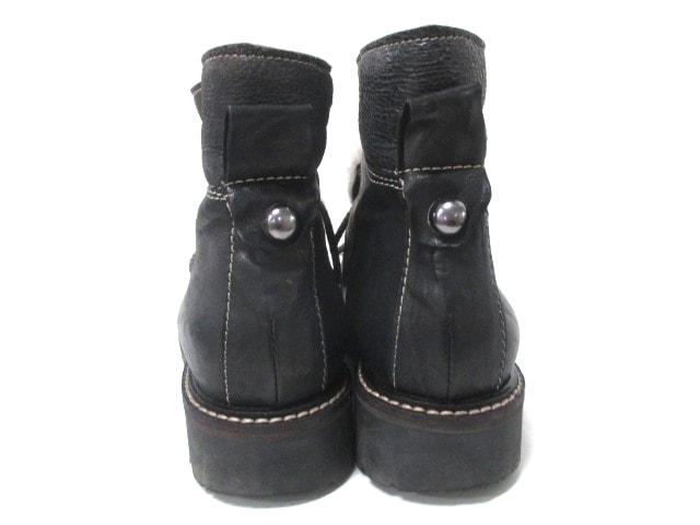 MANAS(マナス)のブーツ