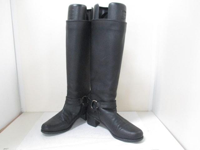 STUART WEITZMAN(スチュアートワイツマン)のブーツ