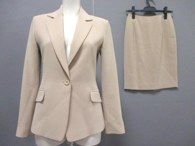 B DONNA(ビドンナ)のスカートスーツ