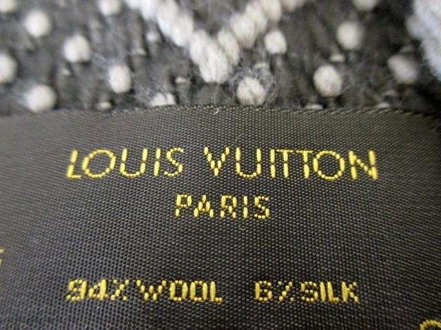 LOUIS VUITTON(ルイヴィトン)のエシャルプ・ロゴマニア