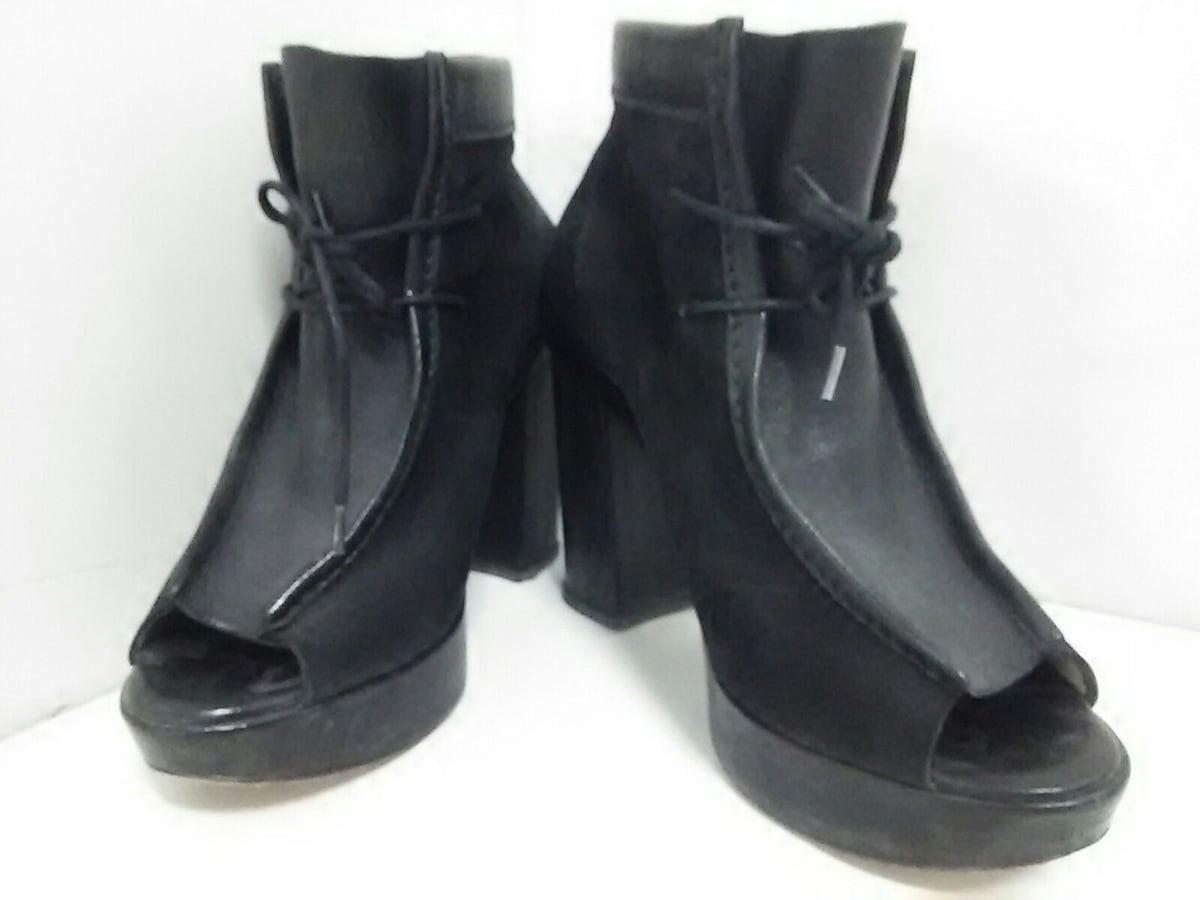 b STORE(ビーストア)のブーツ