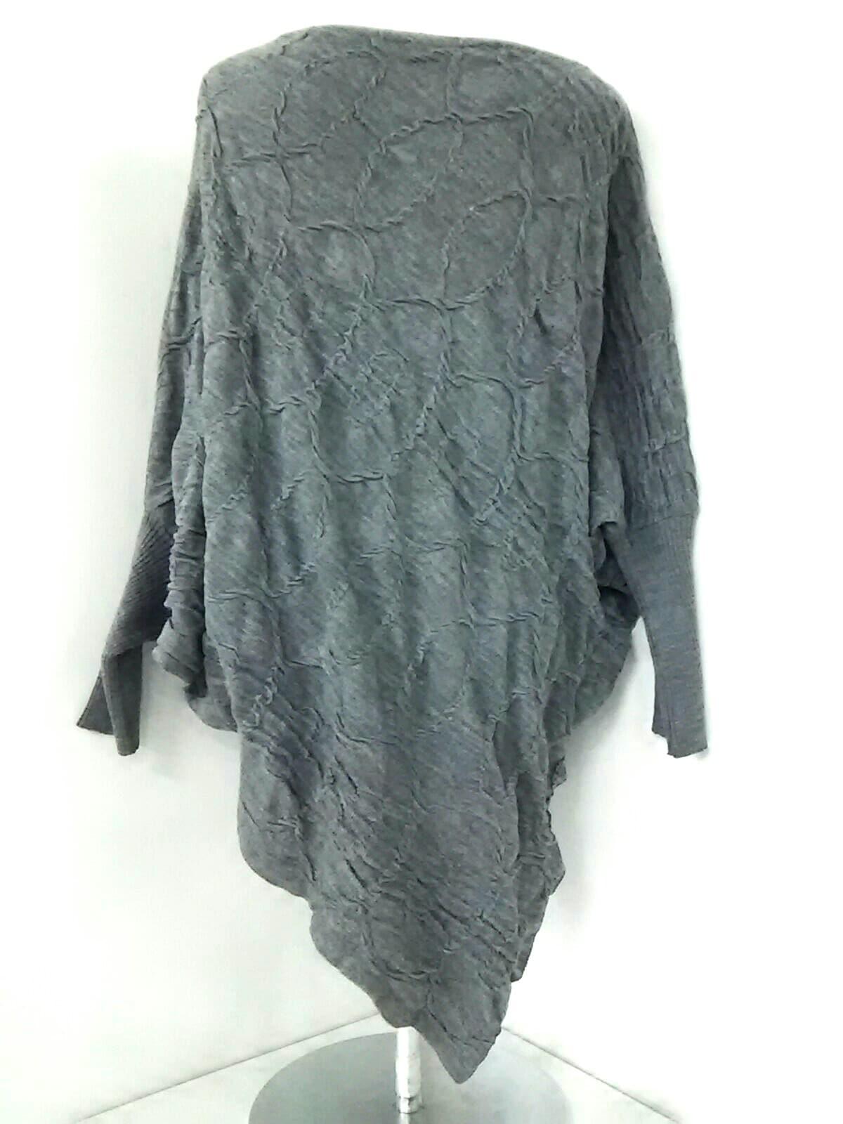 SANDRO FERRONE(サンドロフェローネ)のセーター