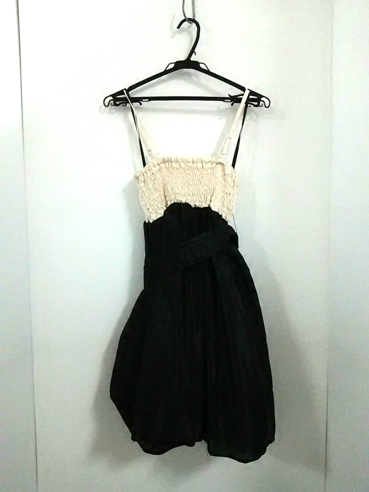 L'EST ROSE(レストローズ)のドレス