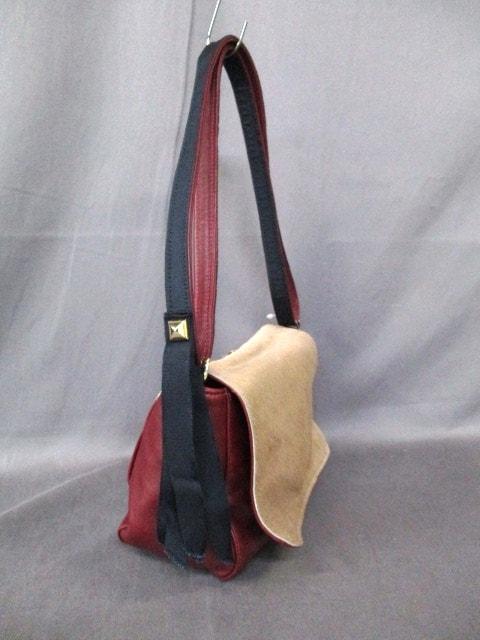 CLARE VIVIER(クレア ヴィヴィエ)のショルダーバッグ