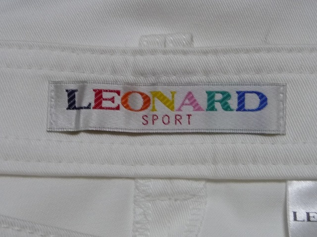 LEONARD(レオナール)のパンツ