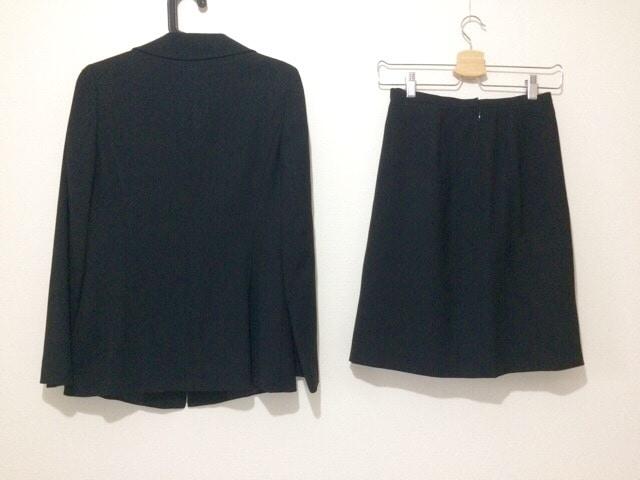 HARTFORD(ハートフォード)のスカートスーツ