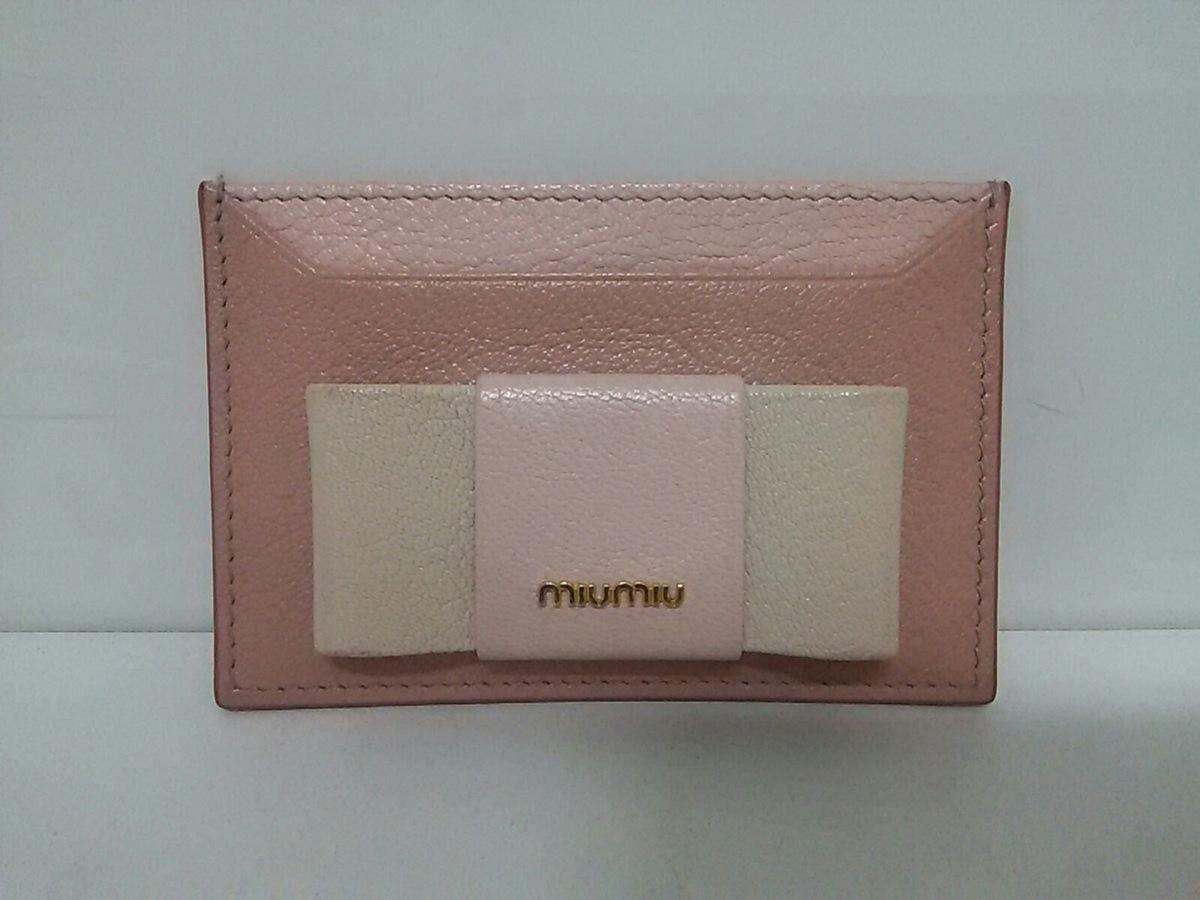 miumiu(ミュウミュウ)のマドラスフィオッコ