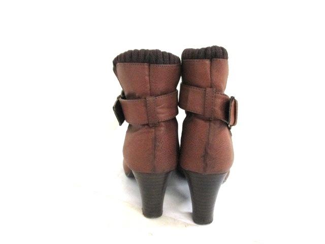 minia(ミニア)のブーツ