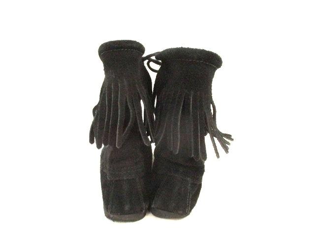 MINNETONKA(ミネトンカ)のブーツ