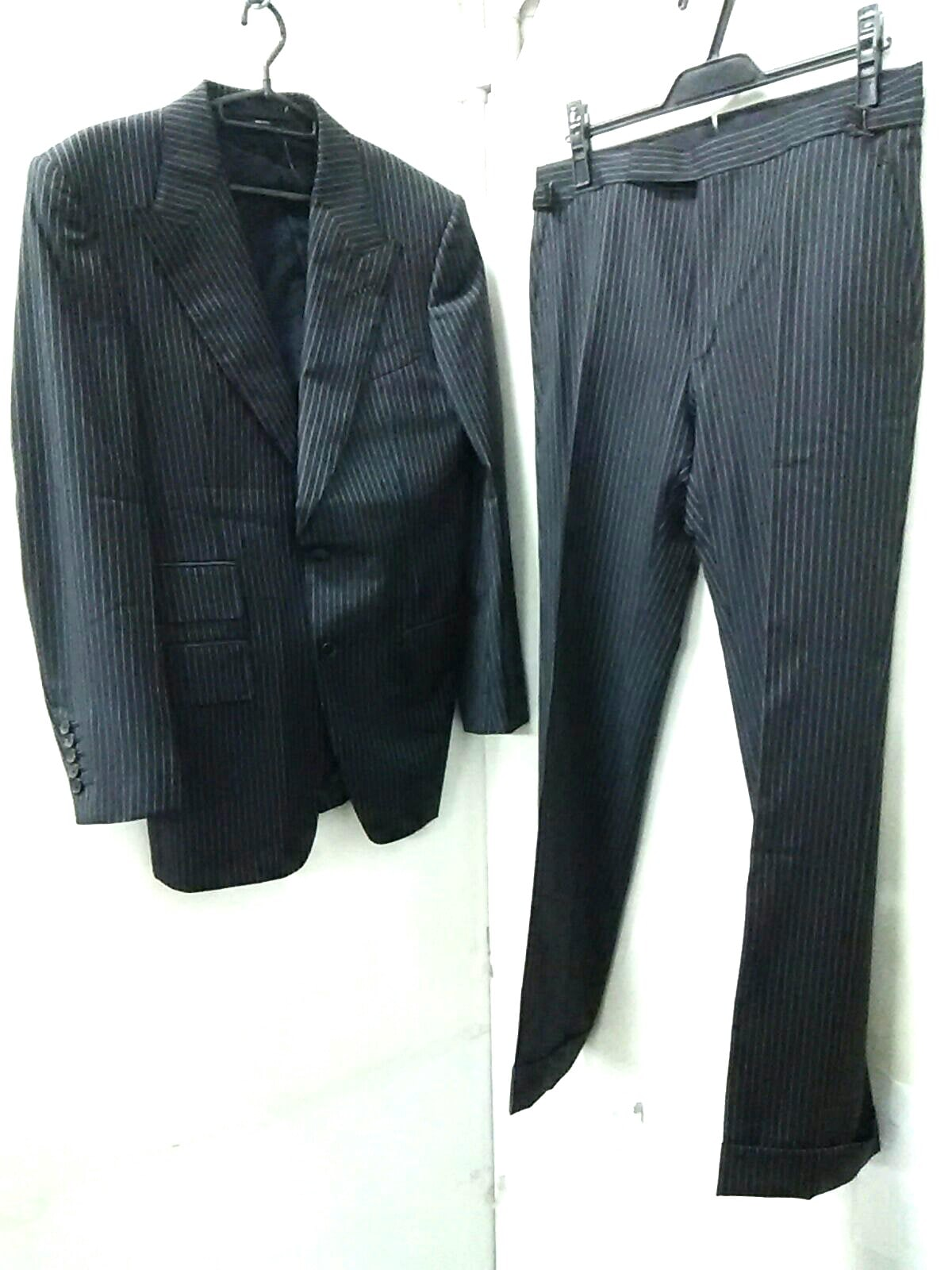 スーツ トム フォード