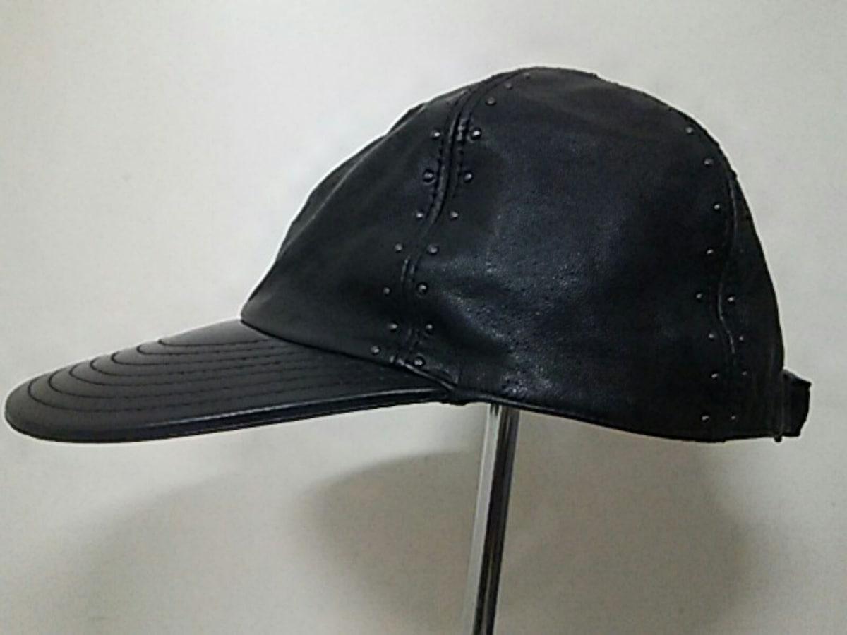 GIANNIVERSACE(ジャンニヴェルサーチ)の帽子