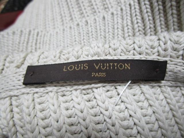 LOUIS VUITTON(ルイヴィトン)のカーディガン