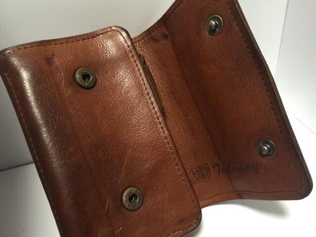 tideway(タイドウェイ)の2つ折り財布