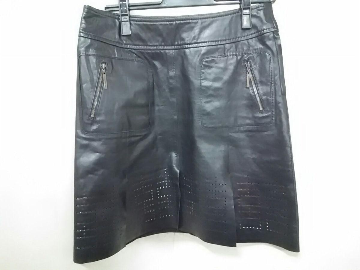VIVIENNE TAM(ヴィヴィアンタム)のスカート