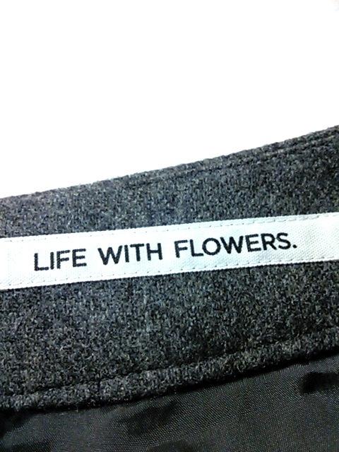 LIFE WITH FLOWERS.(ライフウィズフラワーズ)のスカート