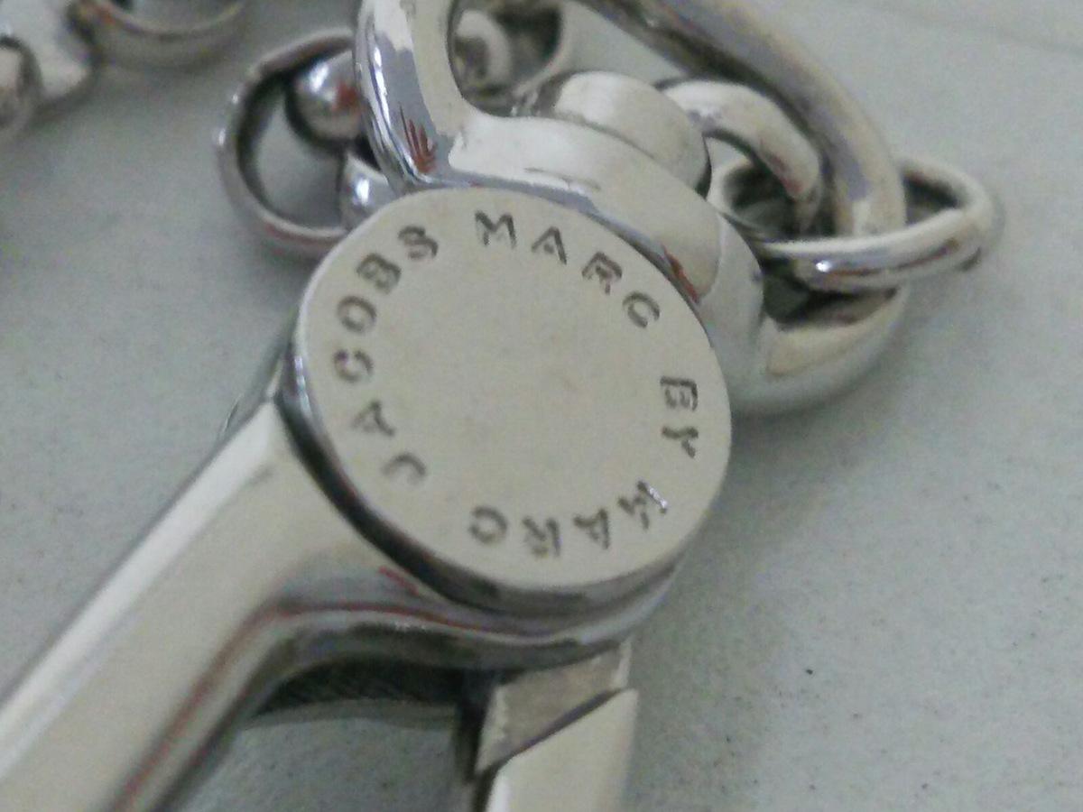 MARC BY MARC JACOBS(マークバイマークジェイコブス)のキーホルダー(チャーム)