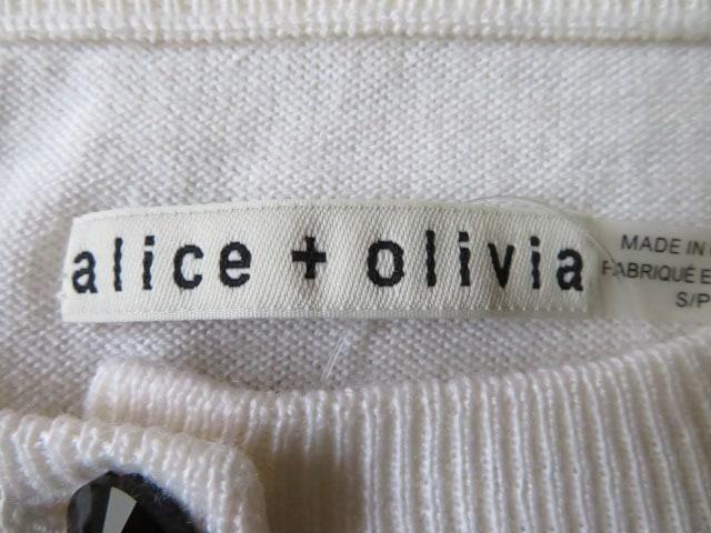 alice+olivia(アリスオリビア)のカーディガン