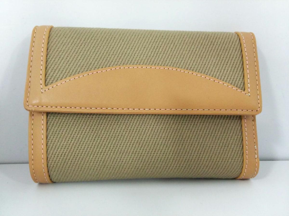 BOYCOTT(ボイコット)の3つ折り財布