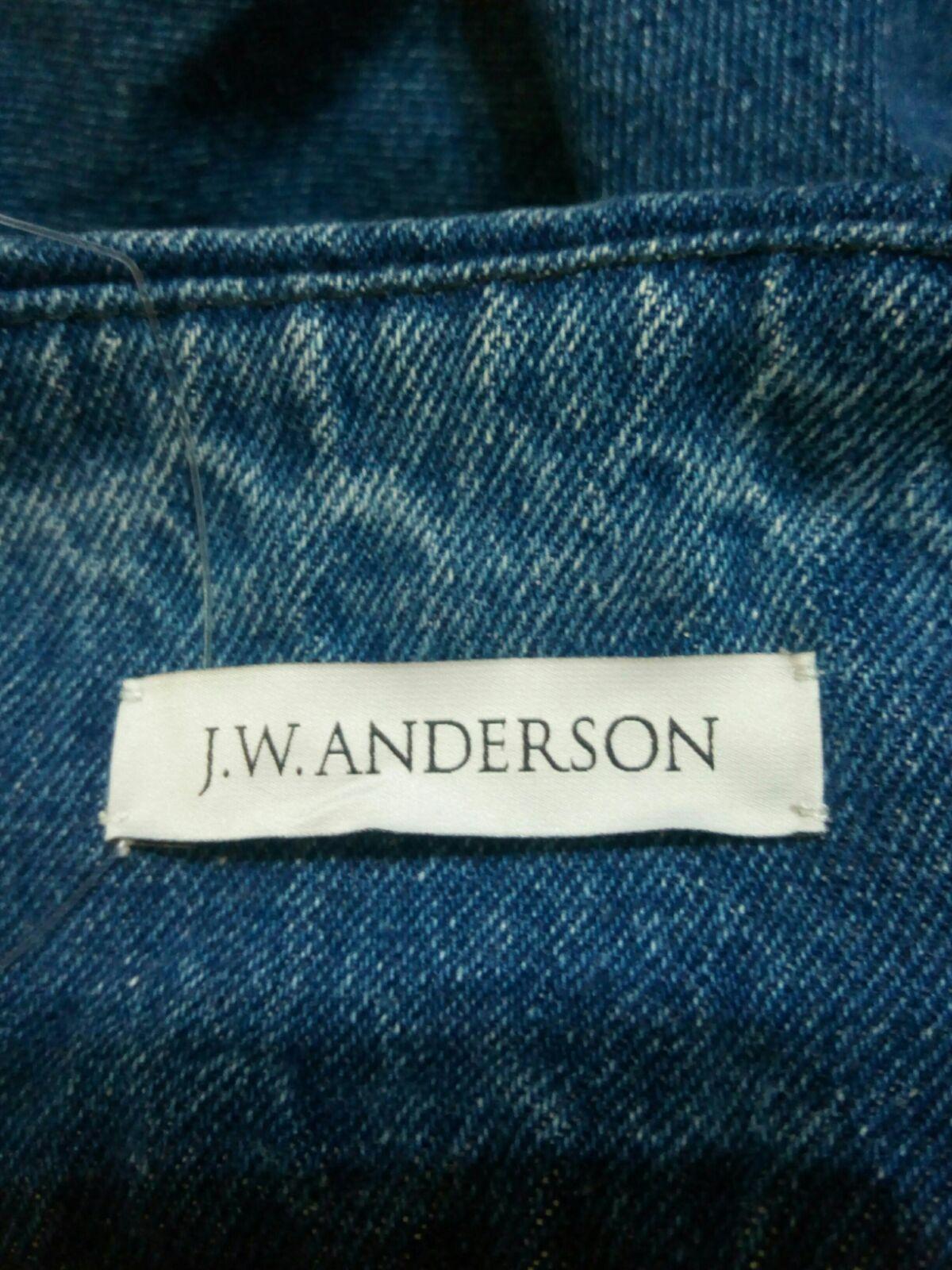 J.W.Anderson(ジェイダブリューアンダーソン)のジーンズ