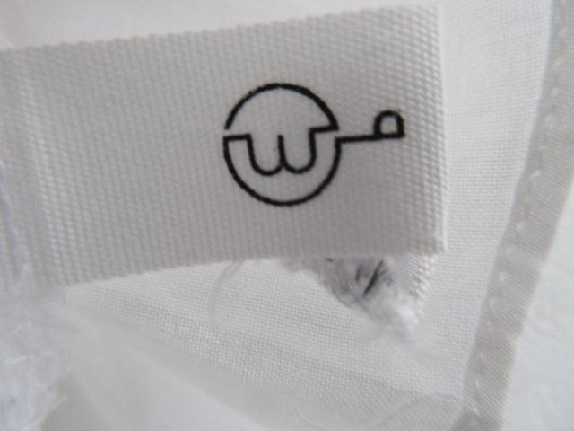 wb(ダブリュービー)のシャツブラウス