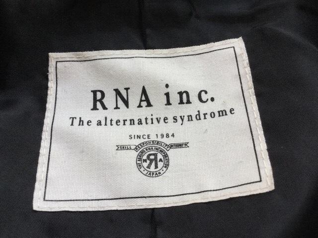 RNA(アールエヌエー)のコート