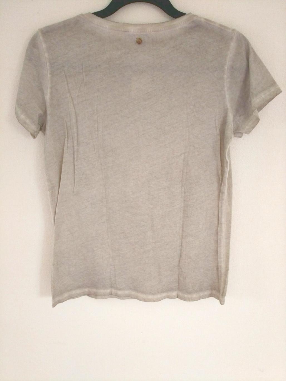 Faith Connexion(フェイスコネクション)のTシャツ