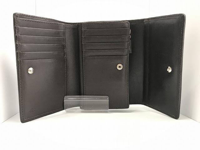 4℃(ヨンドシー)の2つ折り財布