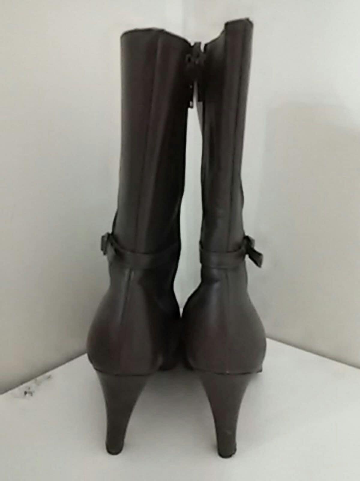 Ici et la(イシエラ)のブーツ