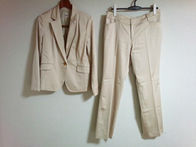 MINT BREEZE(ミントブリーズ)のレディースパンツスーツ