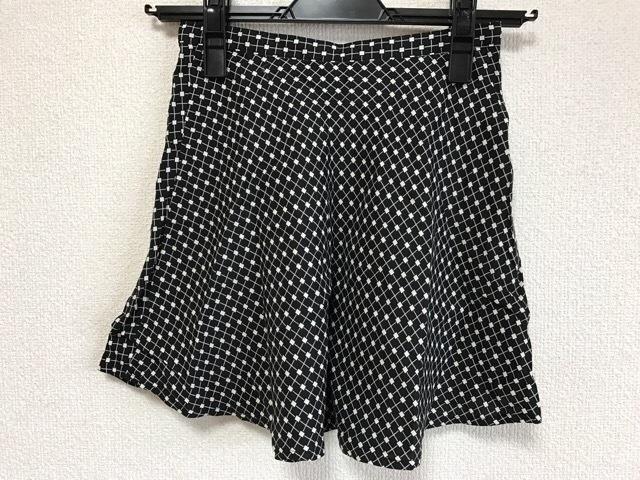 DKNY(ダナキャラン)のスカート