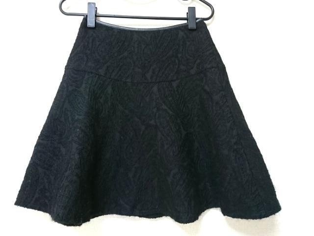 BLACK by moussy(ブラックバイマウジー)のスカート