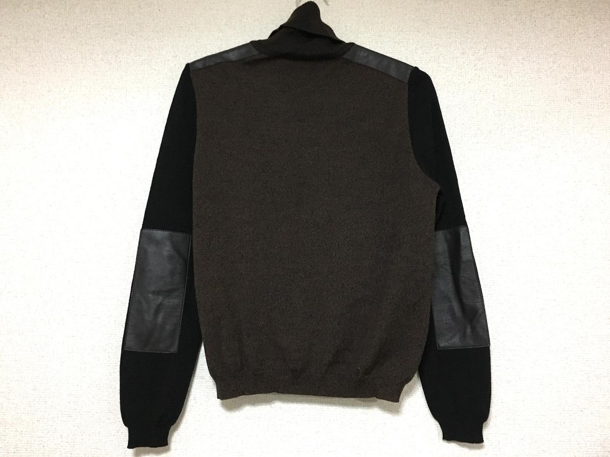 TIKI TIRAWA(ティキ ティラワ)のセーター