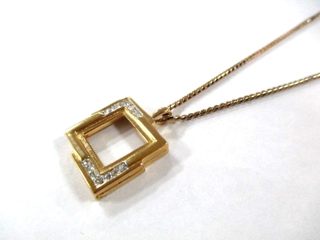 GIVENCHY(ジバンシー)のネックレス