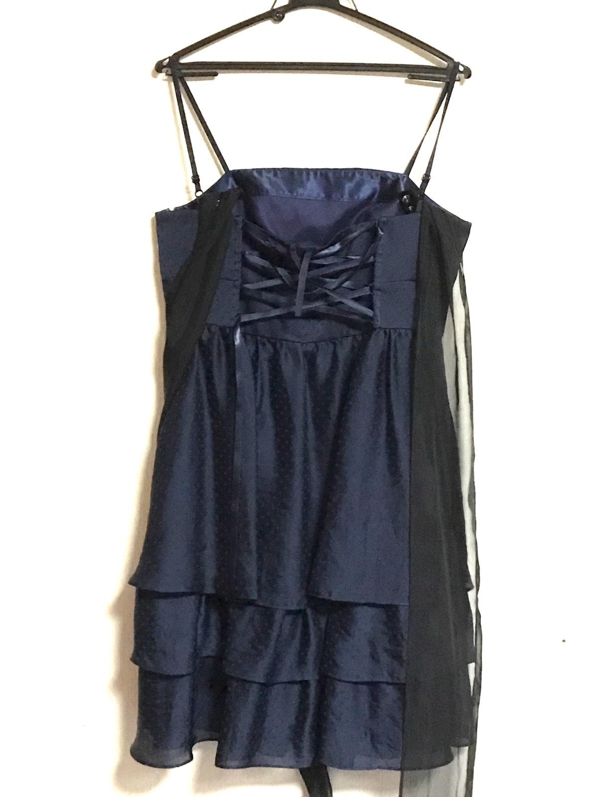 Queen Claret(クイーンクラレット)のドレス
