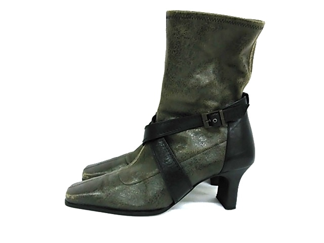 intellection(インテレクション)のブーツ