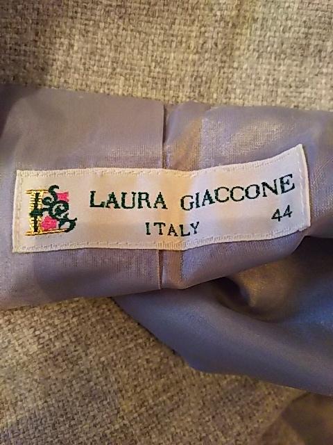 LAURA GIACCONE(ジャコーネ)のコート