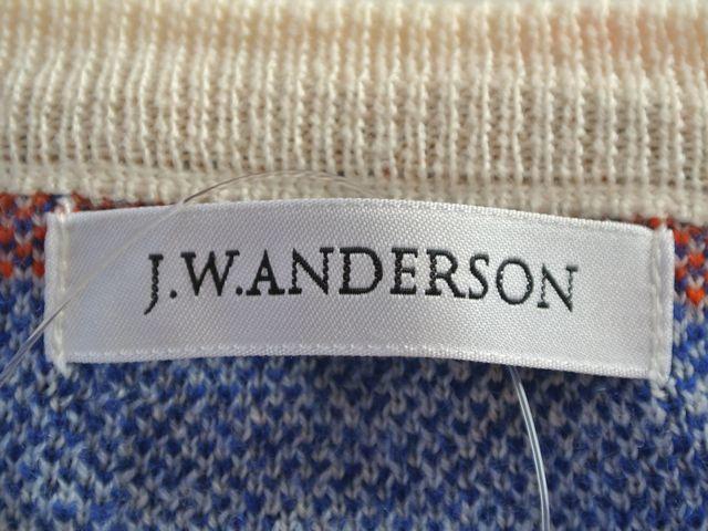 J.W.Anderson(ジェイダブリューアンダーソン)のカーディガン