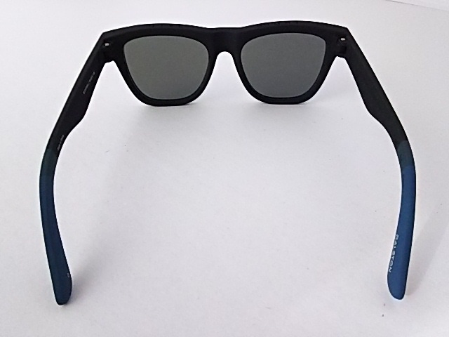 TOMS(トムス)のサングラス