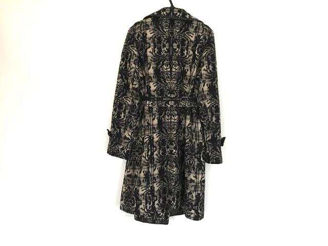 LUIS MARI(ルイマリ)のコート