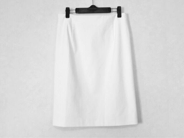modify(モディファイ)のスカート