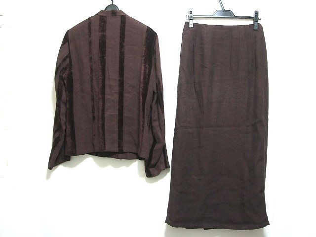 JURGEN LEHL(ヨーガンレール)のスカートスーツ