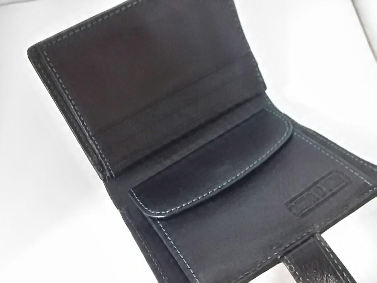 ESSENCE OF POISON(エッセンスオブポイズン)の2つ折り財布