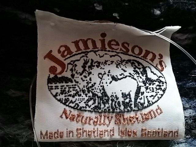 Jamieson's(ジャミーソンズ)のベスト